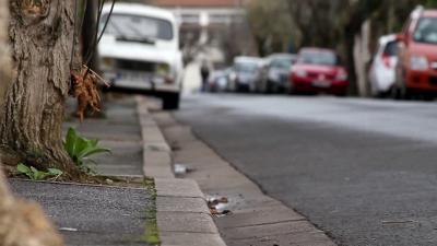 Le maire peut obliger les riverains à nettoyer les trottoirs !