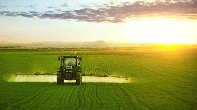 L'épandage des produits phytosanitaires autour des habitations en débat