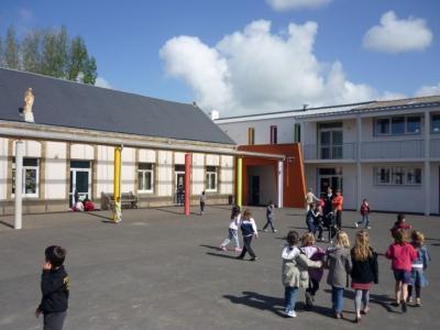Scolarisation d'un enfant d'une commune voisine : Information obligatoire